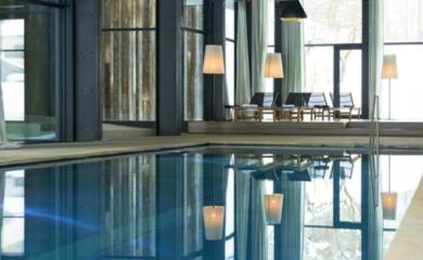 купить дом с бассейном на Рублевке, бассейны в деревянных домах, как пристроить бассейн к дому, бани и СПА в домах из дерева
