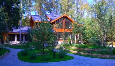деревянные дома с бассейном, купить дом с модным бассейном, строительство деревянных домов с бассейном