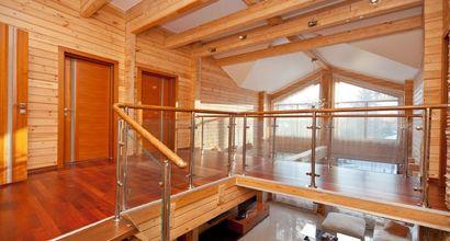 современный дизайн деревянного дома на Рублевке, коттедж из клееного бруса de-lux, купить дом на Рублево-Успенском шоссе