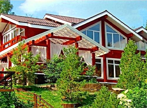 продажа деревянного дома в КП Сосны Симферопольское шоссе