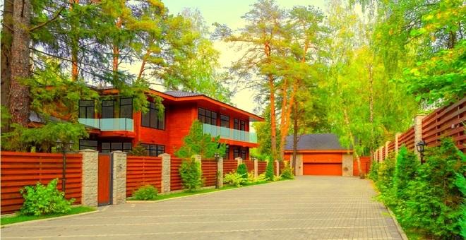 Элитные дома на Рублевке и Новой Риге
